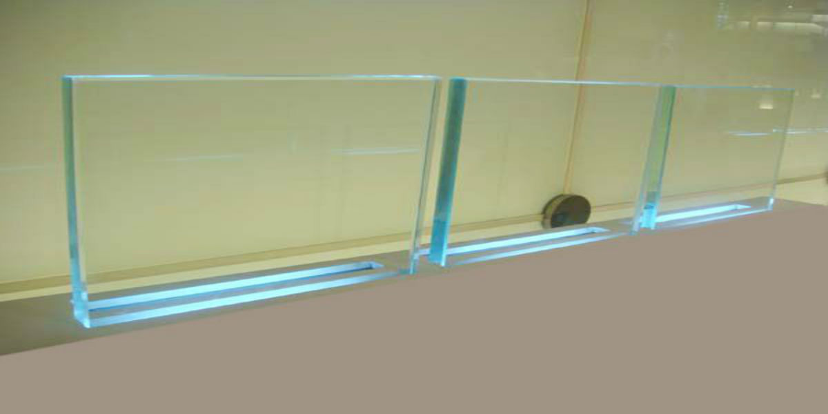 Clear float glass extra strength highest quality
